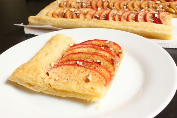 Apple and almond puff pastry