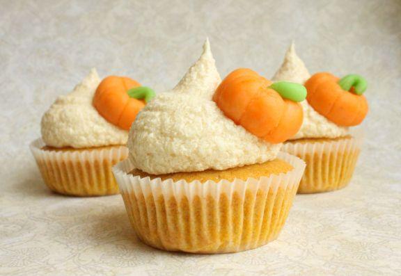 pumpkin cupcakes